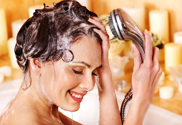 Bathe Hair with Natural Oils