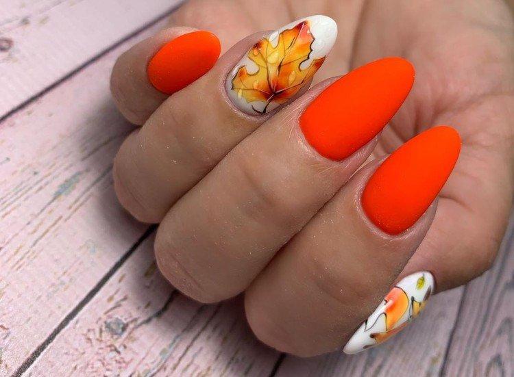 Orange Autumn Manicure 2021