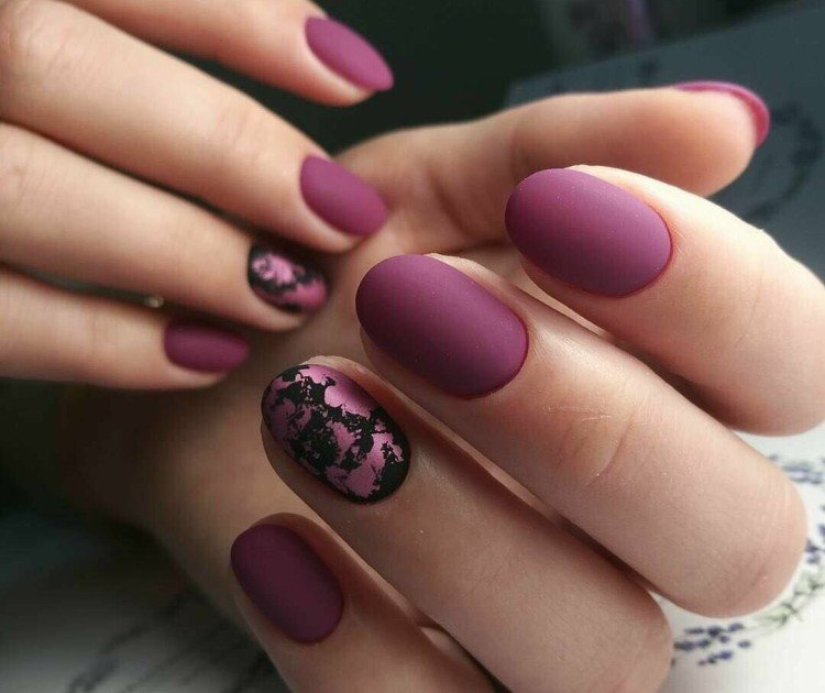 Matte Autumn Manicure 2021