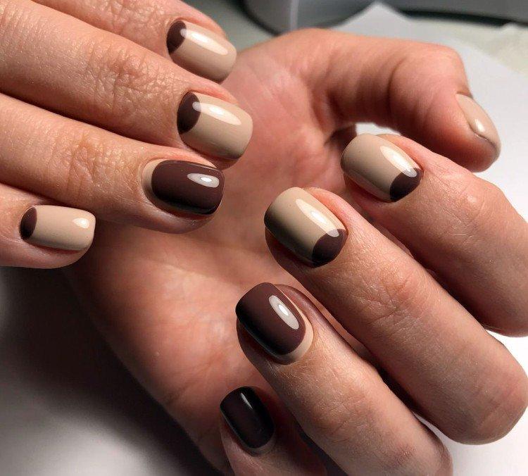 Multicolored manicure to school