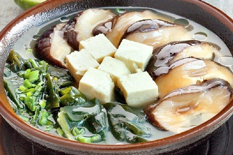 Miso soup with shiitake