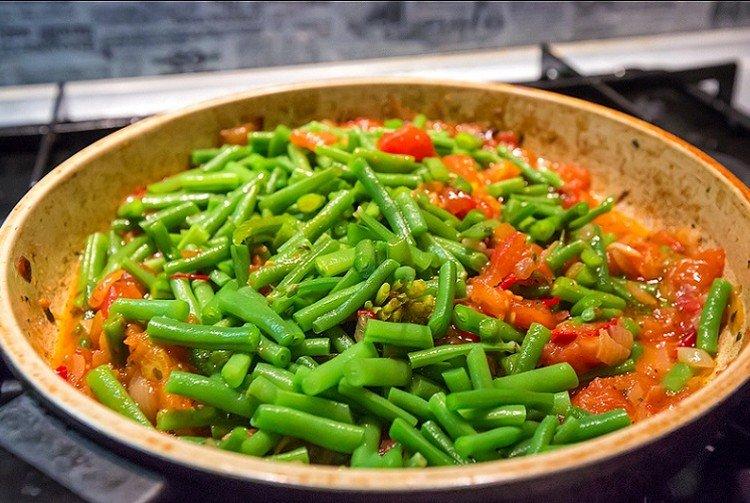 Green Bean Lobio