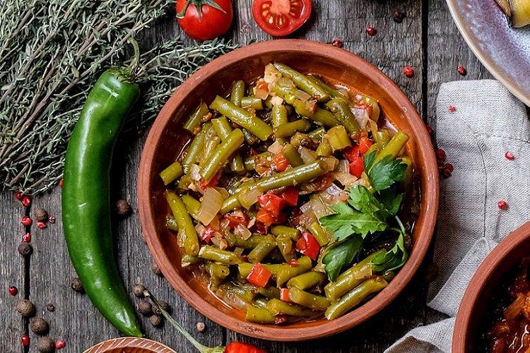 Lobio with hot pepper